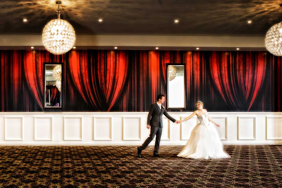 5 Seasons Resort Wedding Reception Venue Melbourne Wedding Bride