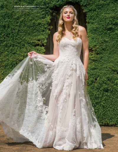 MWB24   Nifi Bridal - Ashcombe Maze & Lavender Gardens   9