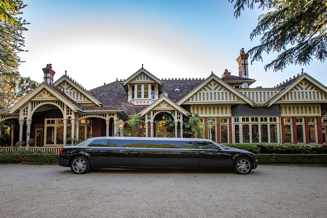 Glamour ride Limousines, luxury Limousine Hire